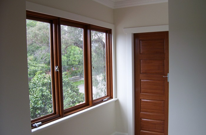 Painting over Timbers Stains and Varnish